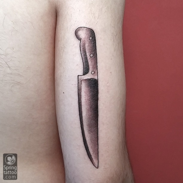 knife tattoo by Aviv Rotshas